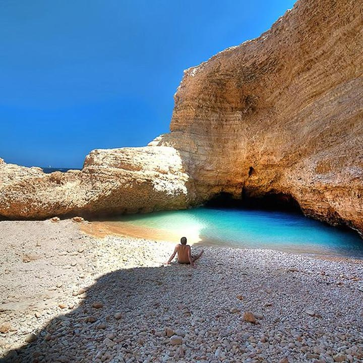 The Happiness Retreat - Caves in Koufonisi, Cyclades